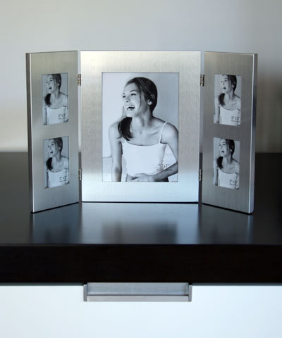 3 fold brushed stainless steel photoframe