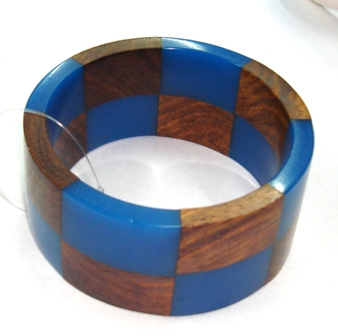 snazzy jazzy - BLUE & WOOD BANGLE