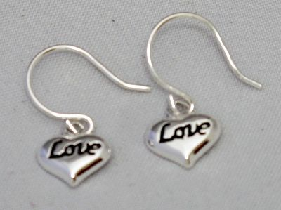 alisha - AYE 587 SILVER HEART SHAPE EARRINGS